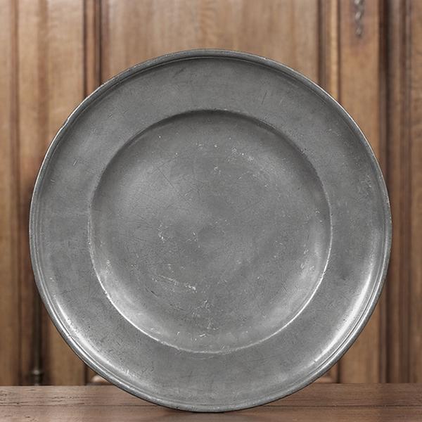 plat creux (n° d'inventaire 259)