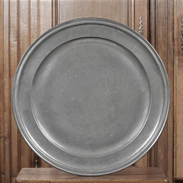 paire de plats (n° d'inventaire 267 et 268)