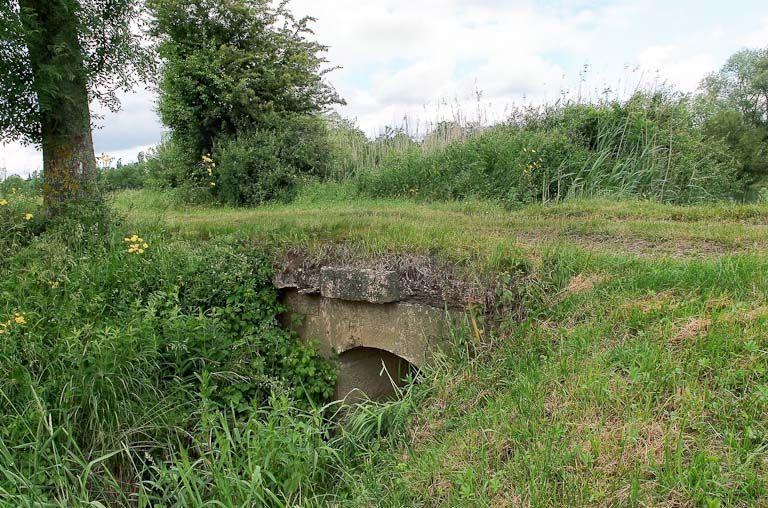 ponceau, premier pont du Pré Bouchez (la Seille canalisée)