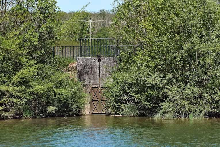 Aqueduc dit du Canal (la Seille canalisée)