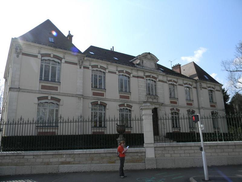 institut de recherche dit Station œnologique de Bourgogne, actuellement bureau interprofessionnel des vins de Bourgogne