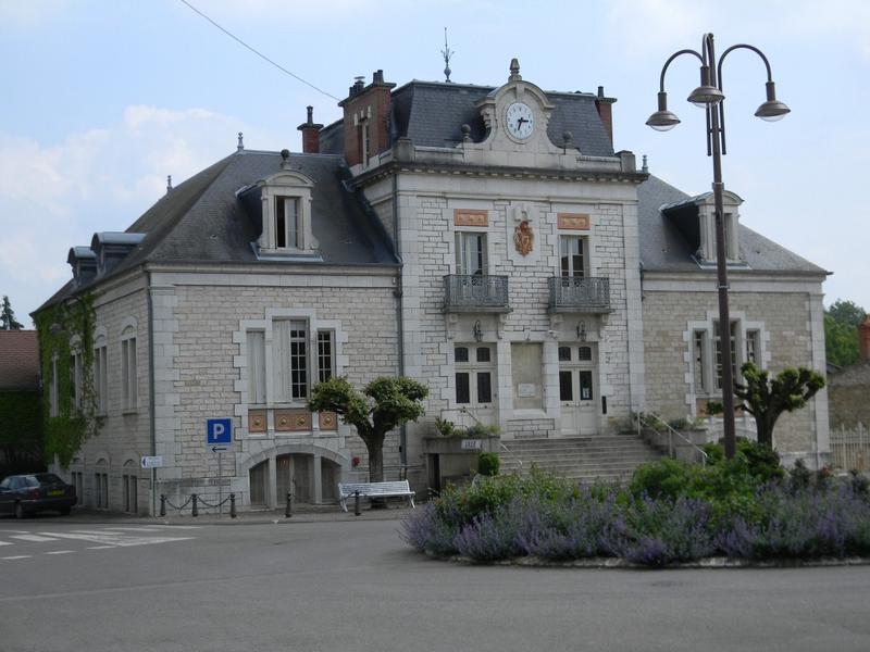 mairie, actuellement salle des fêtes