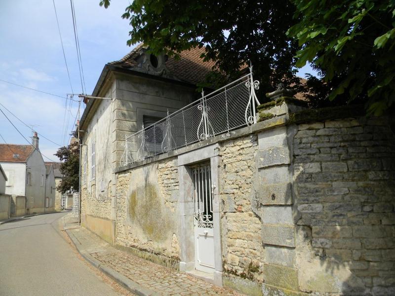 maison ; ancien rendez-vous de chasse des ducs de Bourgogne