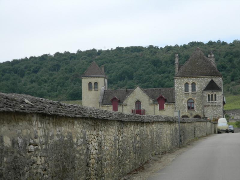 établissement vinicole dit château de la Tour