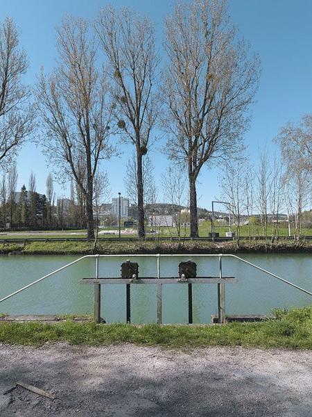 déversoir de fond ; déchargeoir vers l'Ouche (canal de Bourgogne)