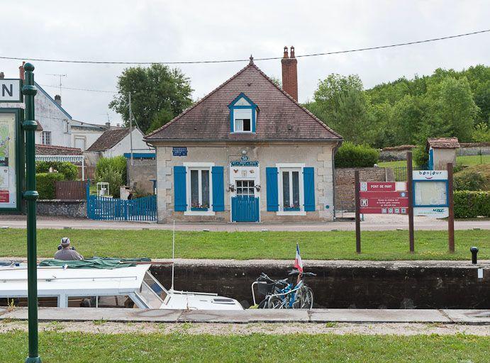 site de l'écluse 38 du versant Saône, dite de Pont-de-Pany (canal de Bourgogne)