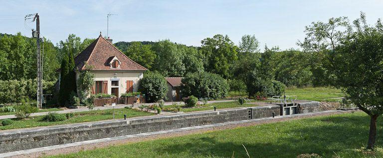 site de l'écluse 49 du versant Saône, dite de la Craie (canal de Bourgogne)