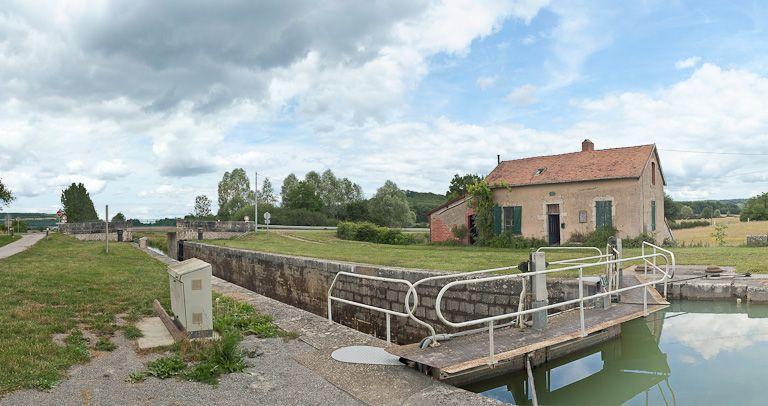 site de l'écluse 07 du versant Yonne, dite de Bellenot (canal de Bourgogne)