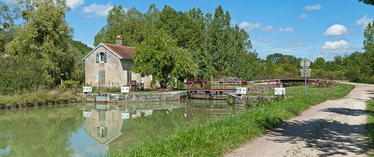 site de l'écluse 24 du versant Yonne, dite de Marigny 7ème (canal de Bourgogne)