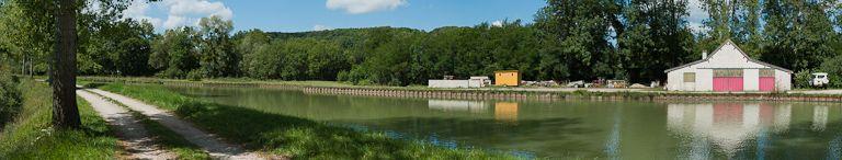 port de Marigny-le-Cahouët ; gare d'eau (canal de Bourgogne)