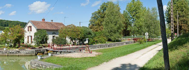 Site de l'écluse 27 du versant Yonne, dite de Marigny 10ème (canal de Bourgogne)