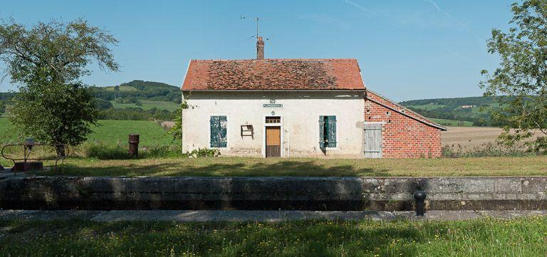 site de l'écluse 38 du versant Yonne, dite de Pouillenay 2ème (canal de Bourgogne)