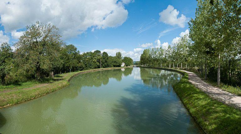 site de l'écluse 49 du versant Yonne, dite de Pouillenay 13ème (canal de Bourgogne)