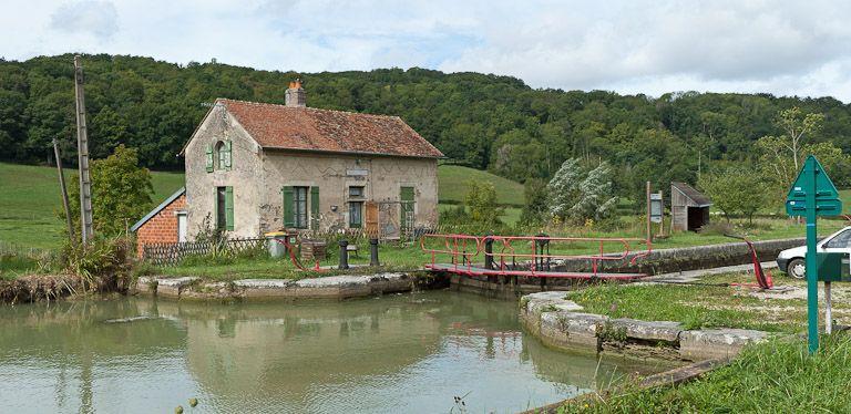 site de l'écluse 59 du versant Yonne, dite de Seigny (canal de Bourgogne)