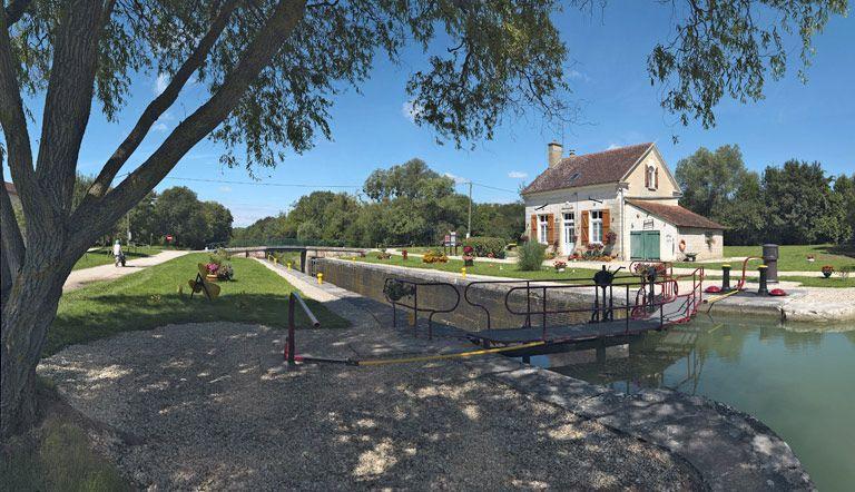 site de l'écluse 110 du versant Yonne, dite de Duchy (canal de Bourgogne)