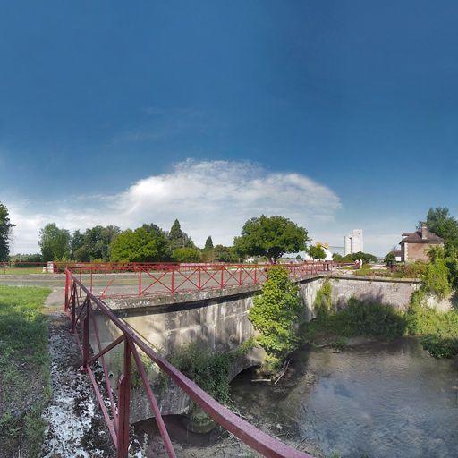 pont canal de Brienon-sur-Armançon (canal de Bourgogne)