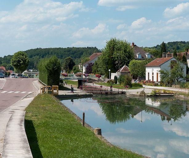 site de l'écluse 64 du versant Saône, dite de Montbard 1ère (canal de Bourgogne)