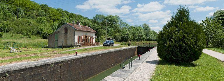 site de l'écluse 66 du versant Yonne, dite de Fontenay (canal de Bourgogne)