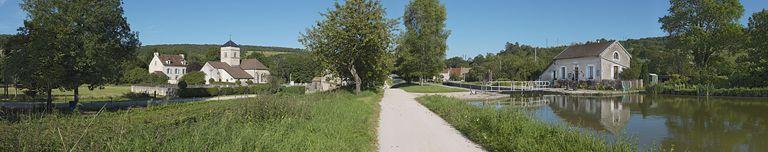 synthèse sur les paysages du canal de Bourgogne (canal de Bourgogne) ; site de l'écluse 16 du versant Saône, dite de Crugey (canal de Bourgogne) ; église paroissiale Saint-Hippolyte de Crugey (canal de Bourgogne) ; presbytère de Crugey (canal de Bourgogne)