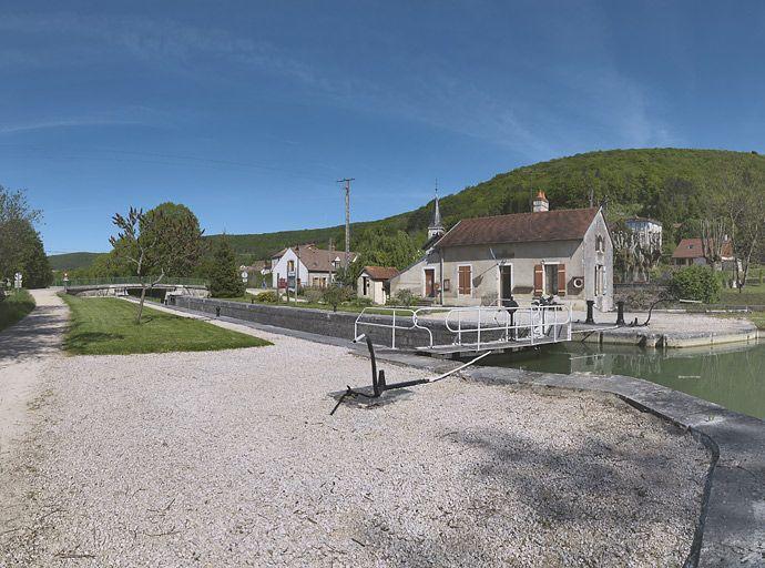 site de l'écluse 29 du versant Saône, dite de Saint-Victor (canal de Bourgogne)