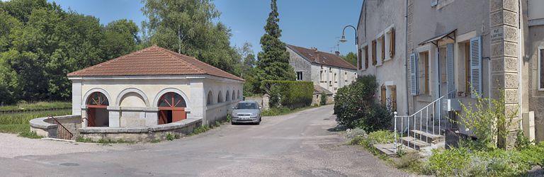 lavoir (canal de Bourgogne)