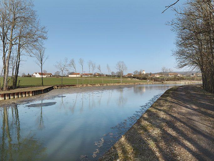 port de Beurizot ; gare d'eau (canal de Bourgogne)