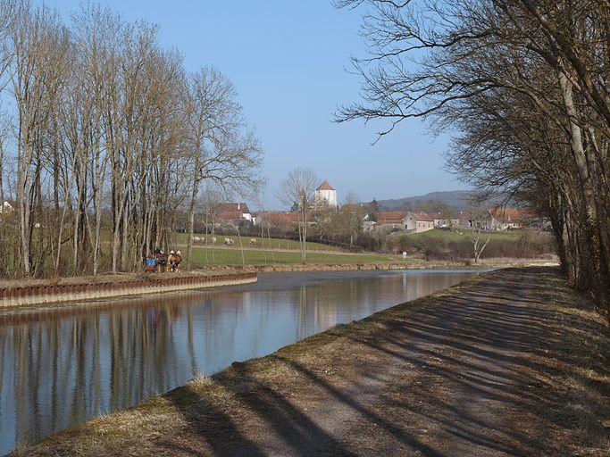 synthèse sur les paysages du canal de Bourgogne (canal de Bourgogne) ; port de Saint-Thibault ; gare d'eau (canal de Bourgogne)