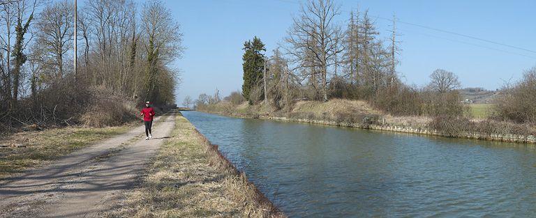 partie de voie navigable, dite tranchée du Saucy (canal de Bourgogne)