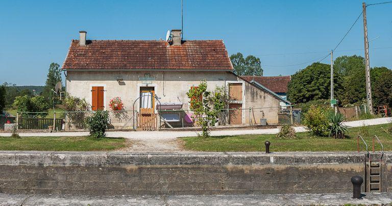 Site de l'écluse 73 du versant Yonne, dite de Cry (canal de Bourgogne)