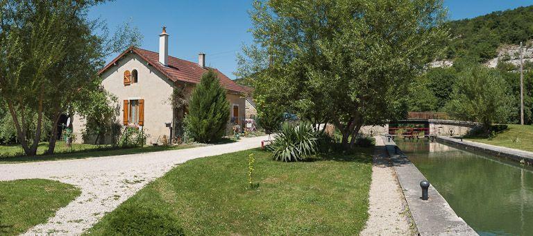 site de l'écluse 74 du versant Yonne, dite d'Arlot (canal de Bourgogne)