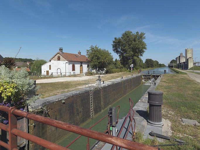 site de l'écluse 113 du versant Yonne, dite de Cheny (canal de Bourgogne) ; synthèse sur les sites d'écluse du canal de Bourgogne (canal de Bourgogne)