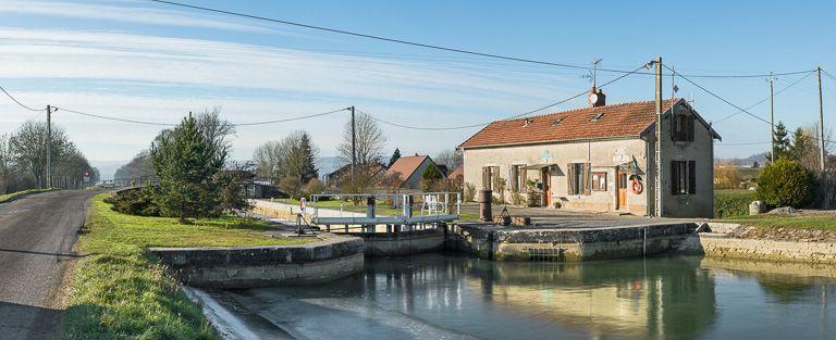 Site de l'écluse 01 du versant Yonne, dite de Pouilly (canal de Bourgogne)