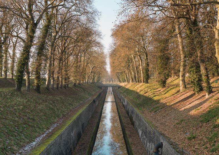partie de voie navigable dite tranchée de Pouilly (canal de Bourgogne)