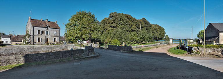 Site de l'écluse 01 du versant Loire, dite de Baye (canal du Nivernais)