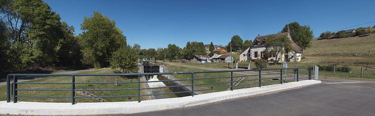 Site de l'écluse 09 et 10 du versant Loire, dite de Mont-et-Marré (canal du Nivernais)