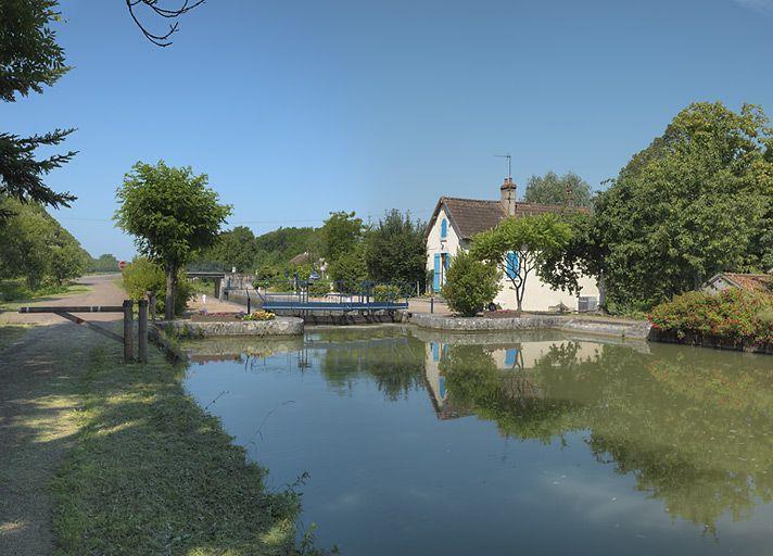 site de l'écluse 34 du versant Loire, dite de Vauzelles (canal du Nivernais)