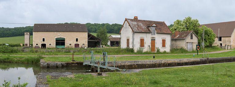 Site de l'écluse 18 du versant Seine, dite du Creuset (canal du Nivernais)