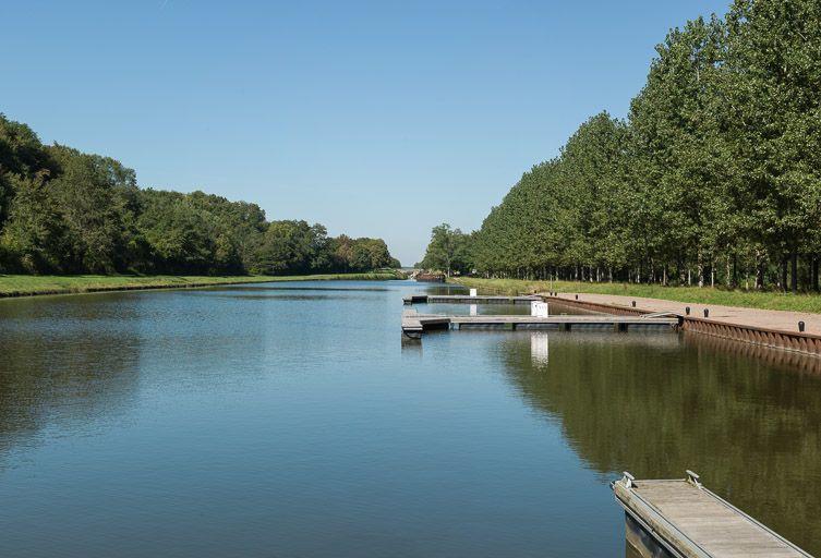 port de la Chaise ; gare d'eau (canal du Nivernais)