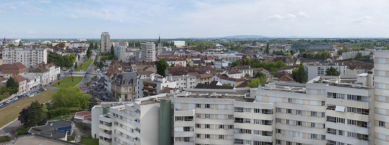 Ville de Chalon-sur-Saône (paysages du canal du Centre)