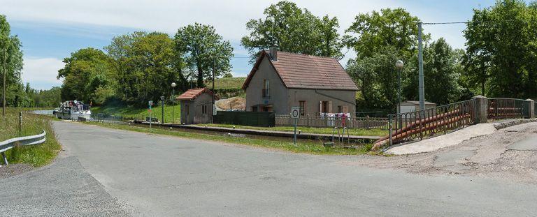 site de l'écluse 07 du versant Océan ; dite de la Roche ou de Saint-Gelin (canal du Centre)