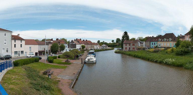 port de Blanzy (canal du Centre)