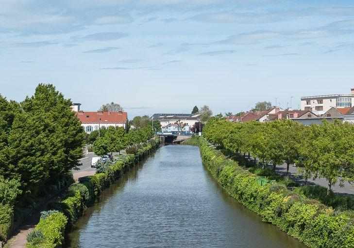 ville de Montceau-les-Mines (paysages du canal du Centre)