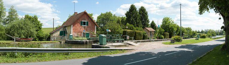 site de l'écluse 13 du versant Océan ; dite d'Azy (canal du Centre)