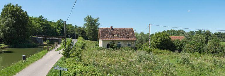 Ancien site de l'écluse XXVII du versant Loire, dite du Paradis (canal du Centre)