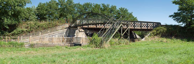 pont ferroviaire ; passerelle (canal du Centre)