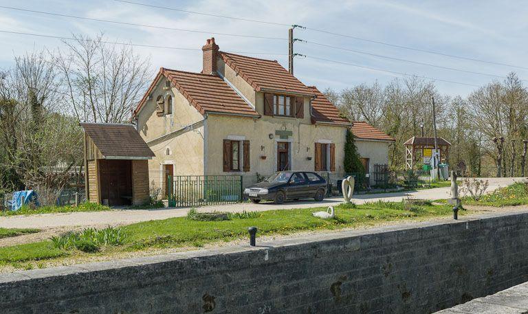 Site de l'écluse 97 du versant Yonne, dite de Dannemoine (canal de Bourgogne)