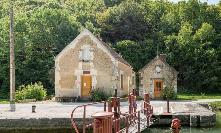 site de l'écluse 62 du versant Seine, dite du Parc (canal du Nivernais)