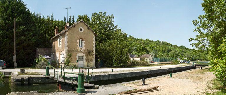 site de l'écluse 78, dite de Vaux (canal du Nivernais)
