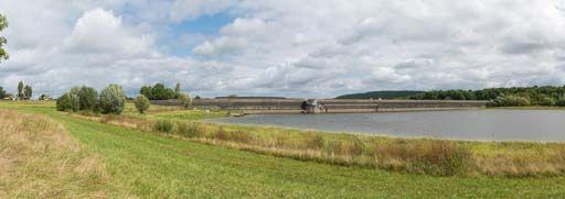 Barrage du réservoir de Chazilly (canal de Bourgogne)