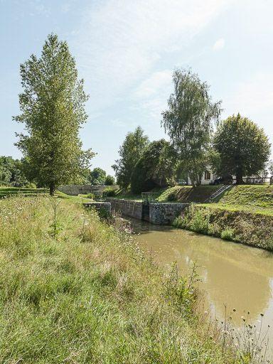 Site de l'écluse 16 du versant Loire, dite de Coeuillon, écluse de garde (canal du Nivernais)